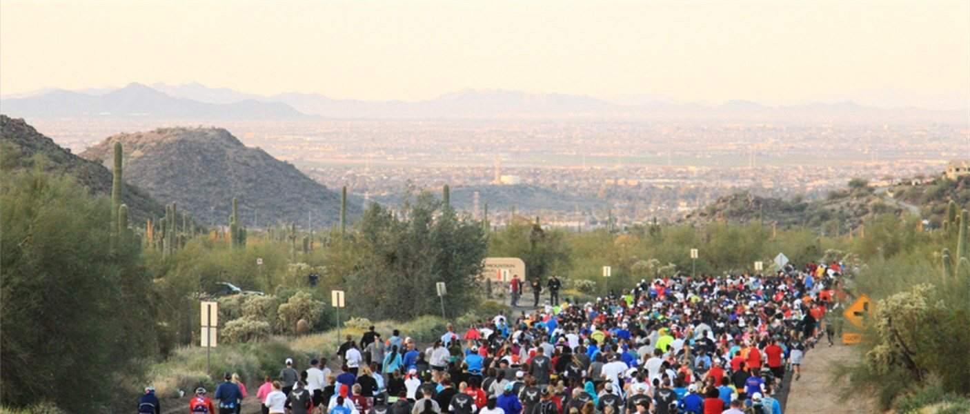 Phoenix Marathon Start Line